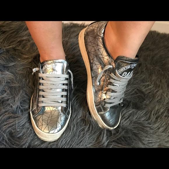 P448 John Silver Metallic Sneakers